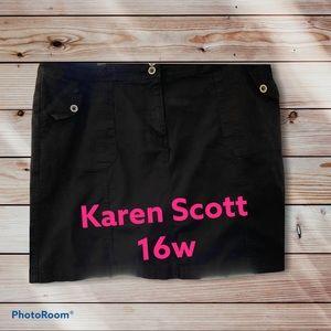 Skort black 20 in long Karen Scott